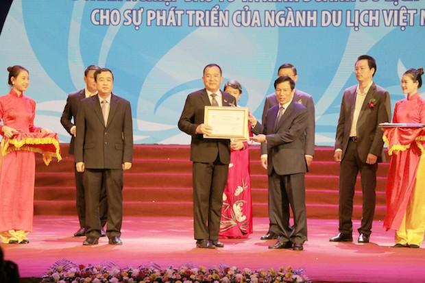 """Tập đoàn khách sạn Mường Thanh dành giải thưởng :""""Doanh nghiệp có nhiều đóng góp nhất cho ngành du lịch Việt Nam"""""""
