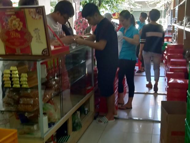 Người tiêu dùng Hải Phòng vẫn ưa chuộng bánh Trung thu truyền thống