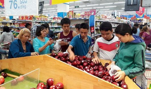 Đề xuất oái ăm: Buộc siêu thị phải bán ngày lễ, giao hàng tận nhà