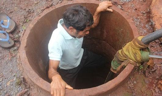Mơ ước có tiếng con trẻ của người đàn ông mù có biệt tài đào giếng