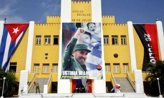 Lãnh đạo Việt Nam gửi điện mừng Cuba