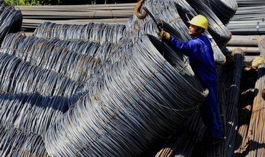 Đề nghị điều tra chống lẩn tránh thuế đối với thép nhập khẩu vào Việt Nam
