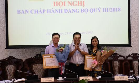 Bộ trưởng Lê Thành Long được Đảng ủy Khối các cơ quan Trung ương tặng Bằng khen