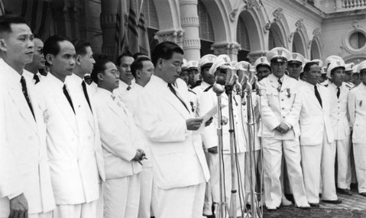 Góc khuất cuộc sống Tổng thống Diệm (Bài 6)  Bộ 'sai vặt' làm tiền quan chức tỉnh
