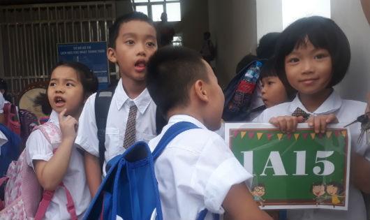 """Hà Nội xin cơ chế riêng giải """"bài toán"""" trường học """"thất thủ"""""""