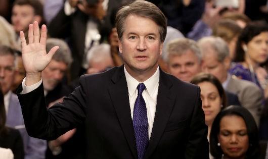 """Ứng viên thẩm phán Tòa tối cao Mỹ bị cáo buộc tấn công tình dục: Chuyện bốn thập kỷ vẫn bị lôi ra """"đúng thời điểm"""""""