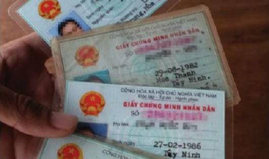 3 trẻ mồ côi muốn làm CMTND bị trưởng công an xã ra giá 300 triệu đồng