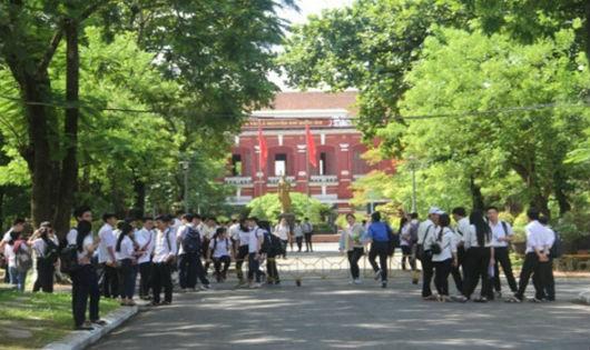 Xét thăng hạng giáo viên ở Thừa Thiên - Huế: Giáo viên lo vì mỗi trường làm một kiểu