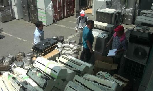 Việt Nam cấm nhập khẩu nhựa đồ dùng điện tử đã qua sử dụng