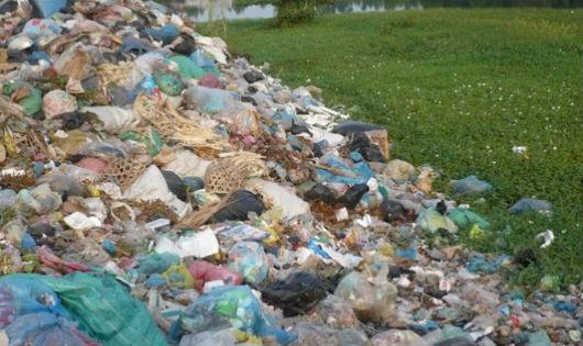 Phát động phong trào chống rác thải nhựa