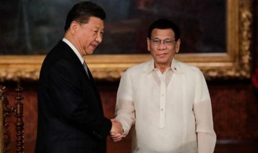 """Trung Quốc và chiến lược """"tước Philippines khỏi tầm ảnh hưởng Mỹ"""": """"Mối tình nồng"""" sẽ kéo dài được bao lâu?"""