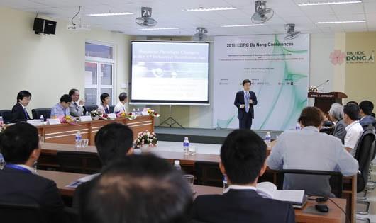 Đà Nẵng: Chuỗi Hội thảo khoa học quốc tế bàn về kinh doanh điện tử