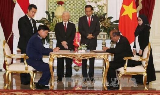 Việt Nam và Indonesia ký kết ý định thư về tăng cường hợp tác cảnh sát biển
