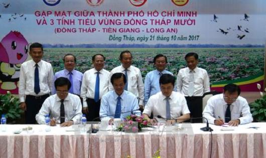 Liên kết phát triển du lịch giữa TP HCM và Tiểu vùng Đồng Tháp Mười: Một hành trình - Ba điểm đến