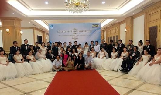 Lễ cưới tập thể cho hơn 40 cặp đôi khuyết tật có hoàn cảnh khó khăn
