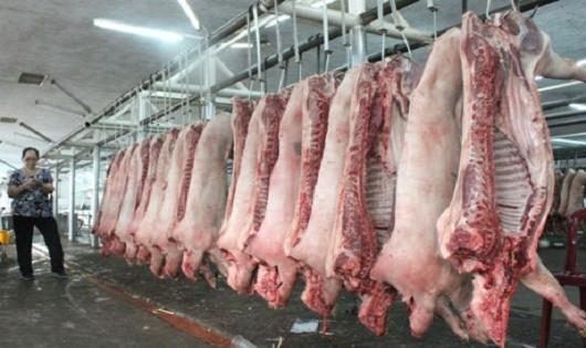 Quy định về địa điểm đặt cơ sở giết mổ gia súc:  Định tính và thiếu thực tế?