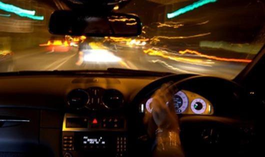 Kinh nghiệm lái xe an toàn vào ban đêm