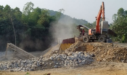 Phú Thọ: Công ty Việt Thái ngang nhiên khai thác trái phép mỏ đá Gò Thanh