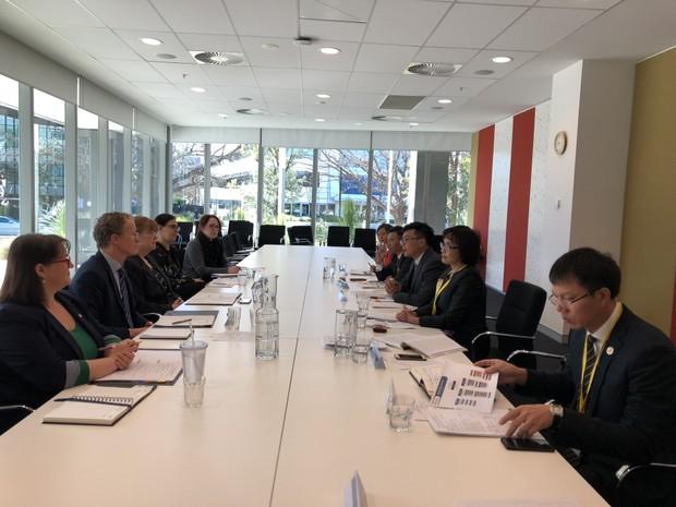 Thứ trưởng Đặng Hoàng Oanh đề nghị tích cực đẩy mạnh hợp tác pháp luật và tư pháp giữa Việt Nam – Australia