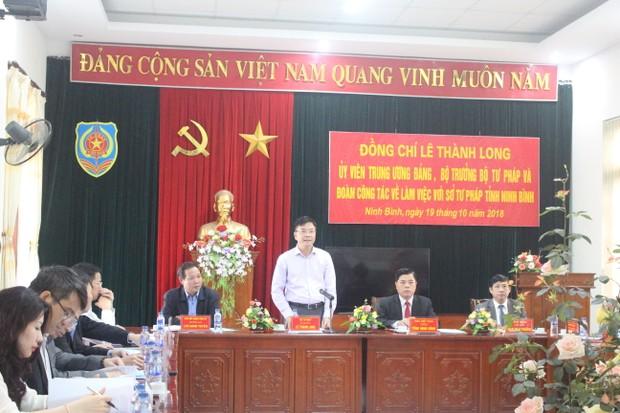 Bộ trưởng Lê Thành Long đang làm việc tại Ninh Bình về công tác Tư pháp