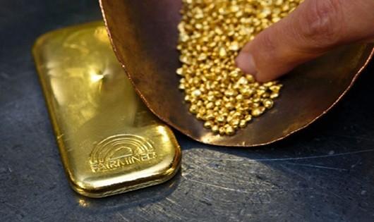 Vàng tiếp tục giữ ở mức đáy trong 6 tuần