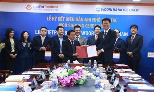 Khách hàng Woori Bank Việt Nam có thể rút, nạp, chuyển tiền trên Ví Việt