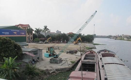 Hải Dương: Tràn lan bến bãi hoạt động không phép dọc cầu Cống Neo