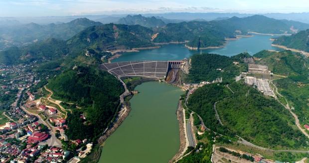 Tự hào công trình thủy điện lớn nhất Đông Nam Á