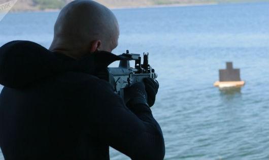 Nga đưa vào biên chế súng trường hoạt động được cả dưới nước lẫn trên cạn
