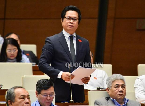 """ĐBQH Vũ Tiến Lộc: Chính phủ dường như đang rút khỏi một cam kết """"Vàng"""""""
