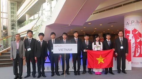 Việt Nam giành Huy chương vàng Olympic Vật lý châu Á 2014