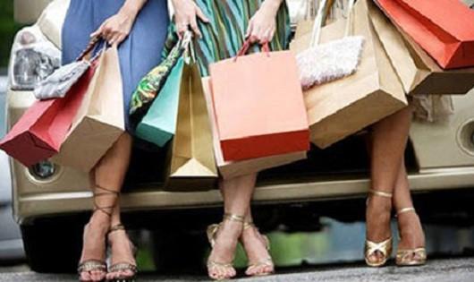 Mẹo mua sắm đồ thời trang dịp Tết