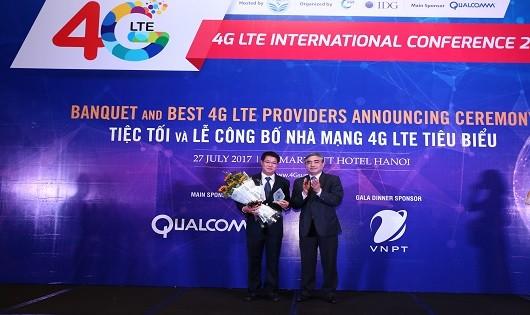 VinaPhone được bình chọn là nhà mạng 4G có chất lượng chăm sóc khách hàng tiêu biểu