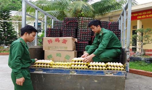 Bắt đối tượng nhập lậu 24 nghìn quả trứng gia cầm