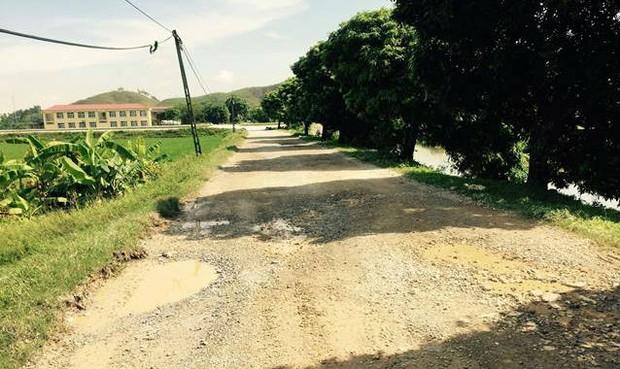 Thanh Liêm (Hà Nam): Ai chịu trách nhiệm về 3,5km đường của người dân bị cào phá?
