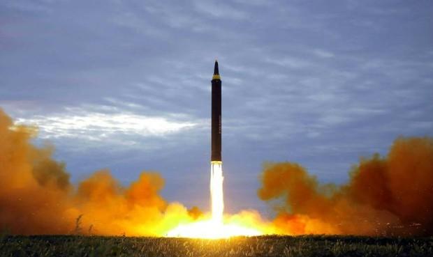 Bất chấp lệnh trừng phạt, Triều Tiên tuyên bố tiếp tục chương trình vũ khí