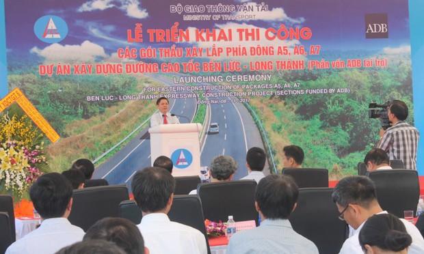 Triển khai Dự án xây dựng đường cao tốc Bến Lức - Long Thành