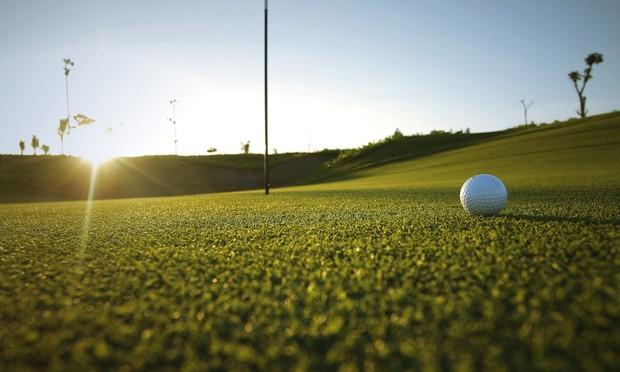 5 xe sang cho mỗi hố golf và cơn mưa giải thưởng trong SMIC Golf Challenge Tournament 2017