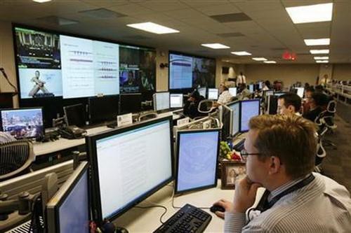 70% người trưởng thành ở Mỹ lo thành nạn nhân tội phạm mạng và tin giả