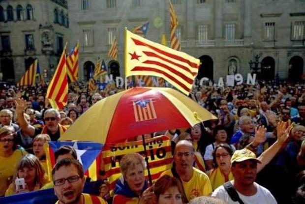 Tây Ban Nha: Hiến pháp mới -