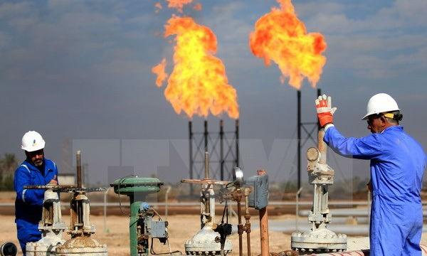 Vì sao giá dầu mỏ tăng cao?
