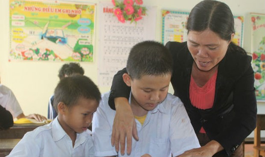 """""""Giáo án"""" đặc biệt ở ngôi trường dành cho học sinh thiếu may mắn"""