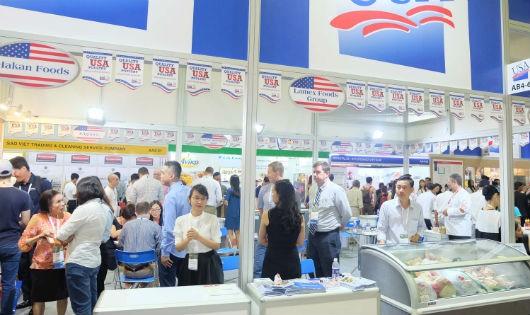 Khai mạc triển lãm Food & Hotel Vietnam 2017