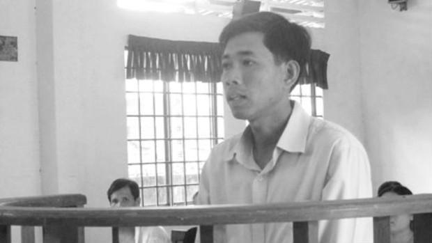 Thầy giáo trẻ cưỡng dâm nữ sinh lĩnh án