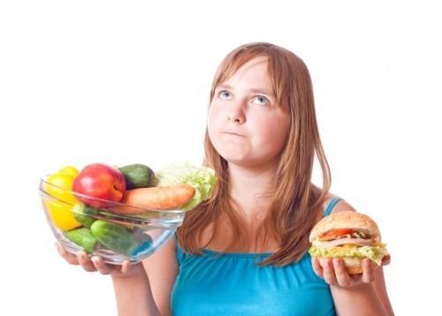 Giảm cân cho bé gái béo phì thế nào?