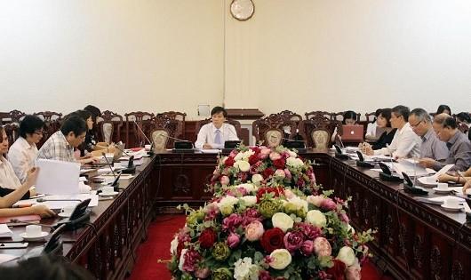 Xác định tiêu chuẩn thành viên Cơ quan đại diện Việt Nam ở nước ngoài