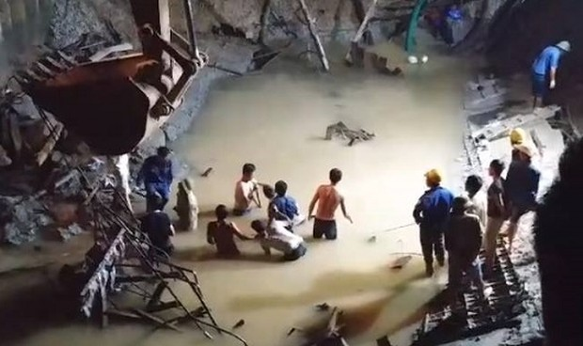 Tìm thấy 3 thi thể vụ sập cầu đang thi công ở Tuyên Quang