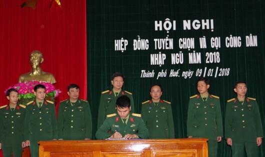 286 thanh niên Thành phố Huế chuẩn bị lên đường nhập ngũ