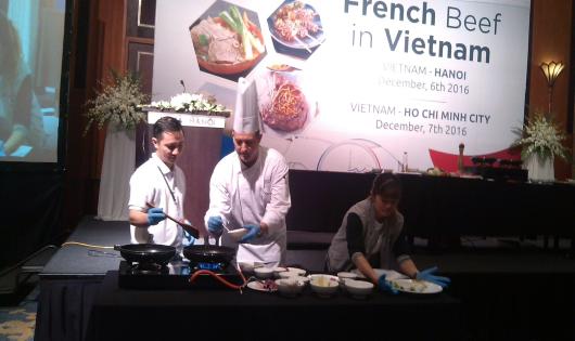 """Thịt bò Pháp """"chinh phục"""" thị trường Việt"""