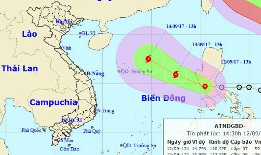 Ngày mai khả năng bão đổ bộ gần Hoàng Sa, biển động rất mạnh